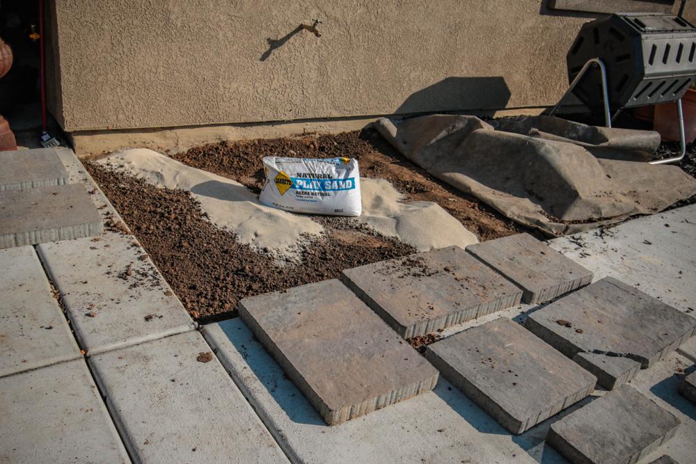 DIY Paver Stone Steps - Play Sand (Quickcrete)