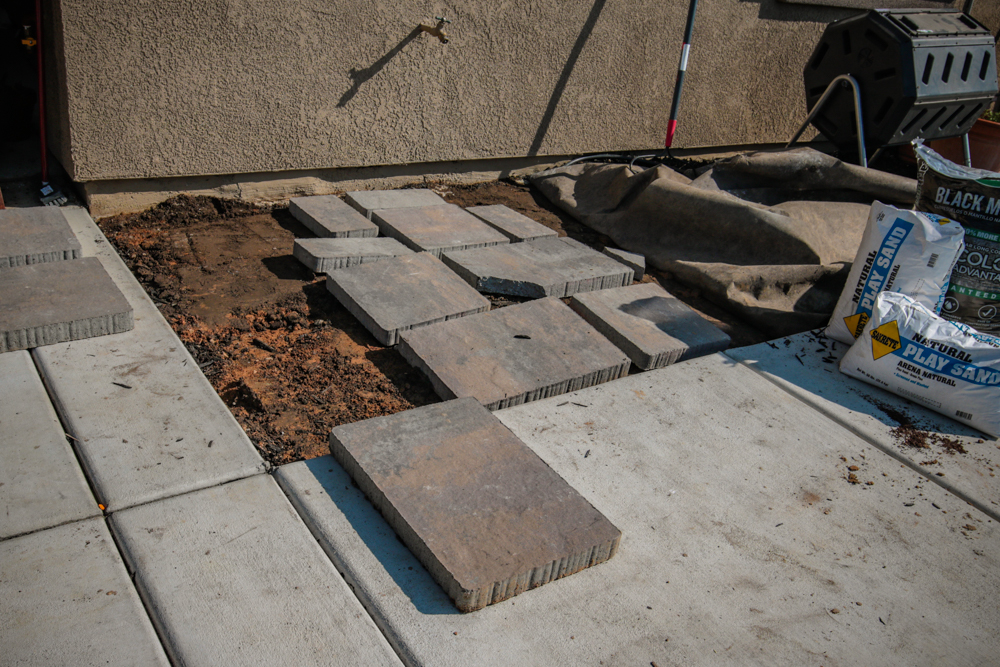 DIY Paver Stone Steps -Getting Your Pattern Down